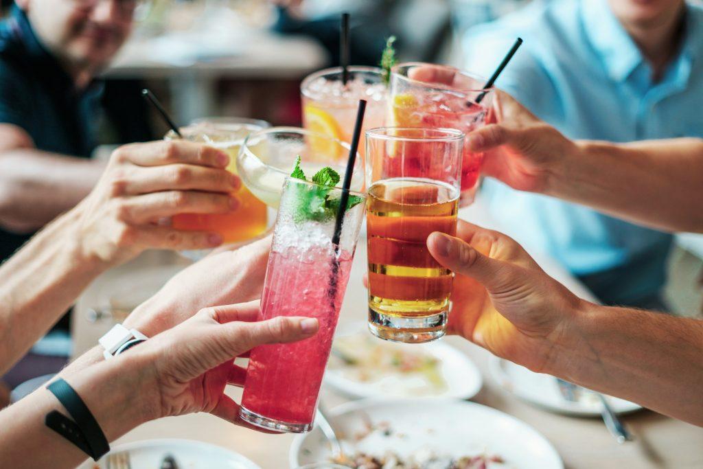 sober curious - bebida sem álcool